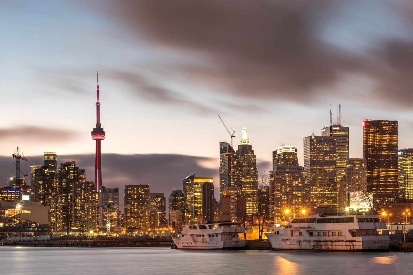 Toronto Travel Tips. Photo by Alex Shutin.
