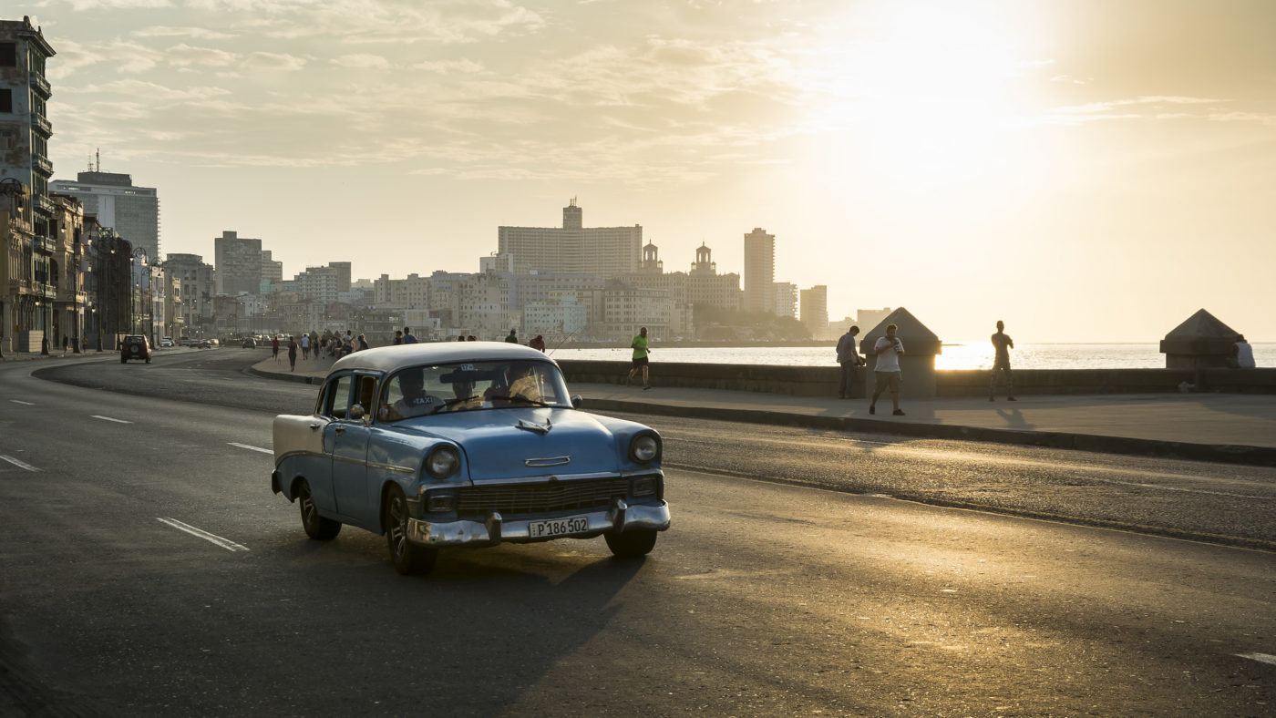El Malecón, Havana. Photo credit: kuhnmi, Flickr