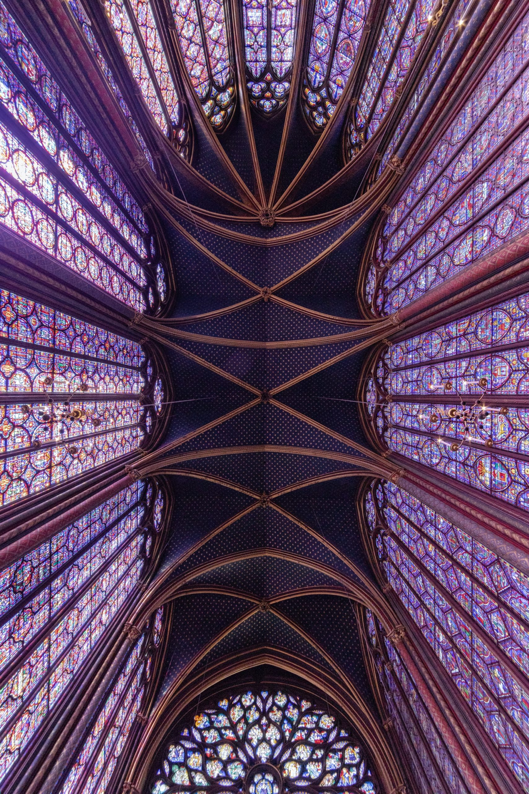 Saint Chapelle, Paris. Source: Mitya Ivanov, Unsplash.